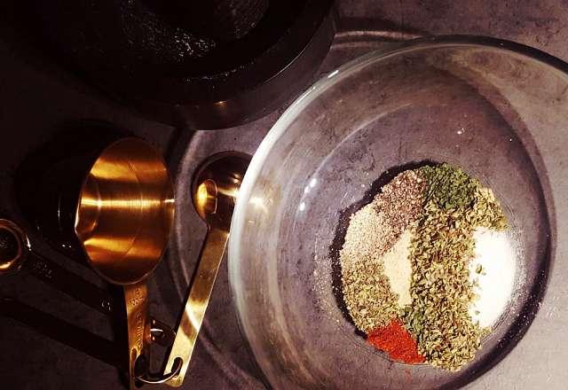 Kryddor till fiskrubb
