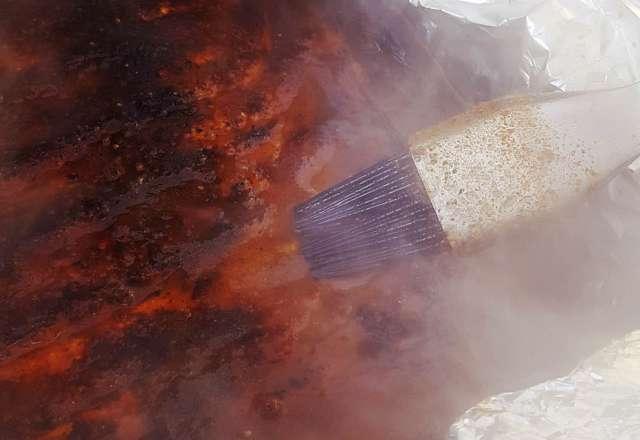 Ribs och moppsås i foliepaket