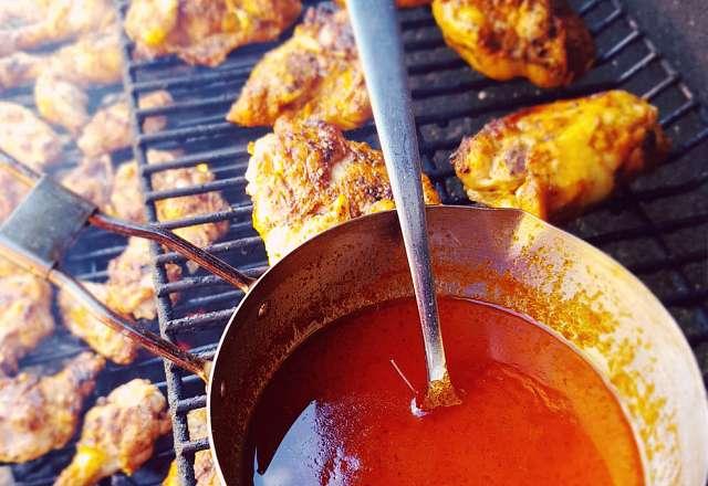 Hot sauce & wings